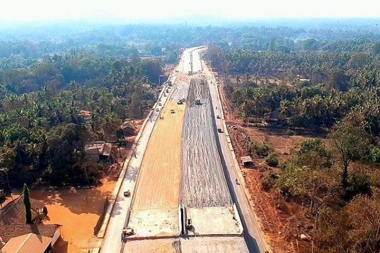 Ongoing work on Mumbai-Goa coastal highway (Pic by @sahil11p/Twitter)