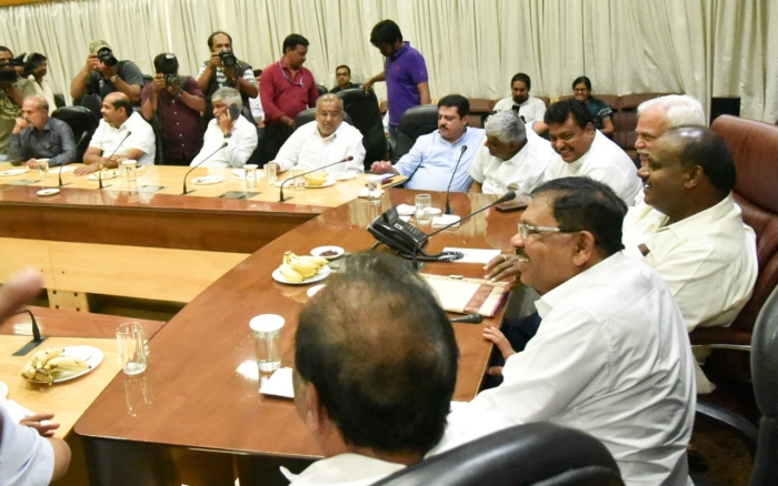 Reports: A Significant Section Of JD(S) Legislative Party Urges Party Leadership To Extend Support To BJP Government