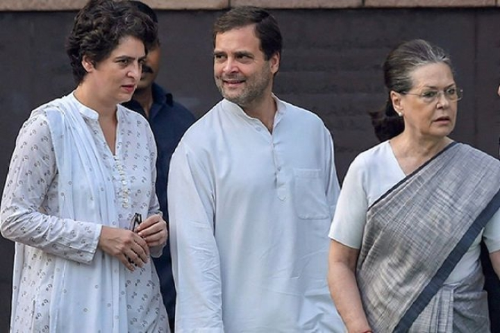 The Gandhis Are Over:  Glue That Held Congress  Together Has Come Unstuck