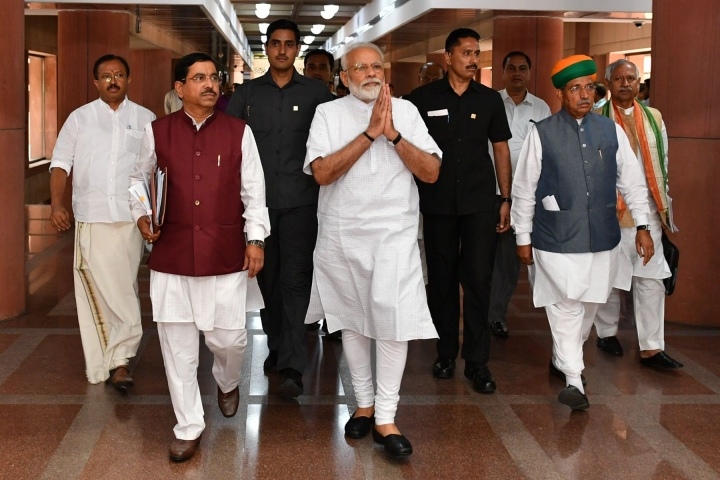 After 62 Eminent Personalities, 14 More Comes Out To Support PM Modi Against 'Rising Intolerance' Lobby