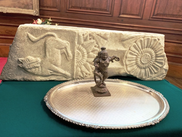 Bronze Navaneetha Krishna from Tamil Nadu Among  Stolen Artefacts Returned To India By US And UK Authorities
