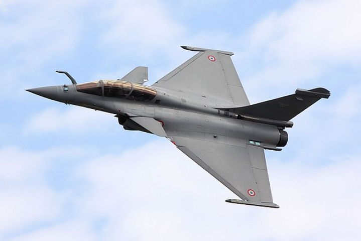 IAF To Get First Rafale Next Month: Defence Minister, Air Chief  To Receive The Aircraft In France On 20 September