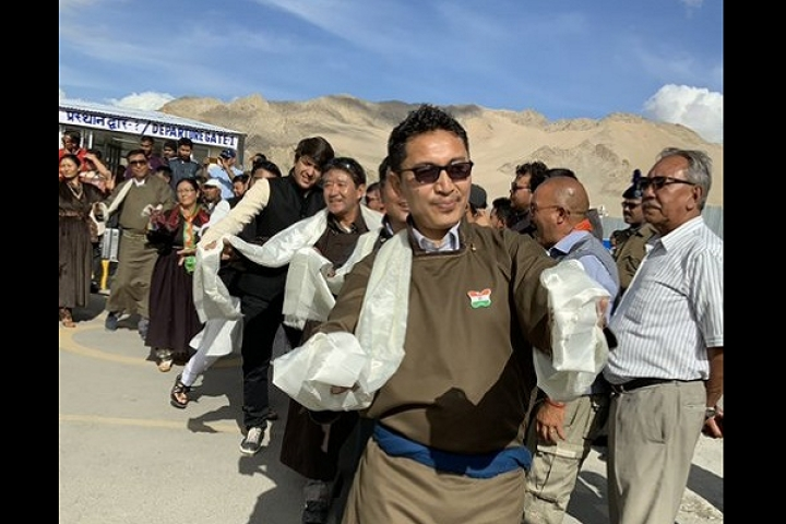 Watch: Ladakh MP Jamyang Tsering Namgyal Shows Off His Dancing Skills In Independence Day Celebrations
