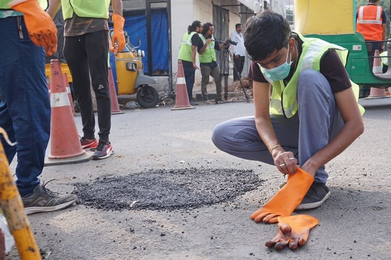How Bengaluru's infrastructure woes are hurting the city. (PotholeRaja/Facebook)