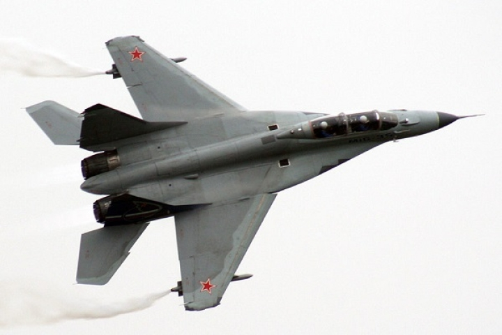 IAF Pilots Conduct Test Flights Of MiG-35 Fighter Jets At Russian Air Show Ahead of PM Modi's Visit