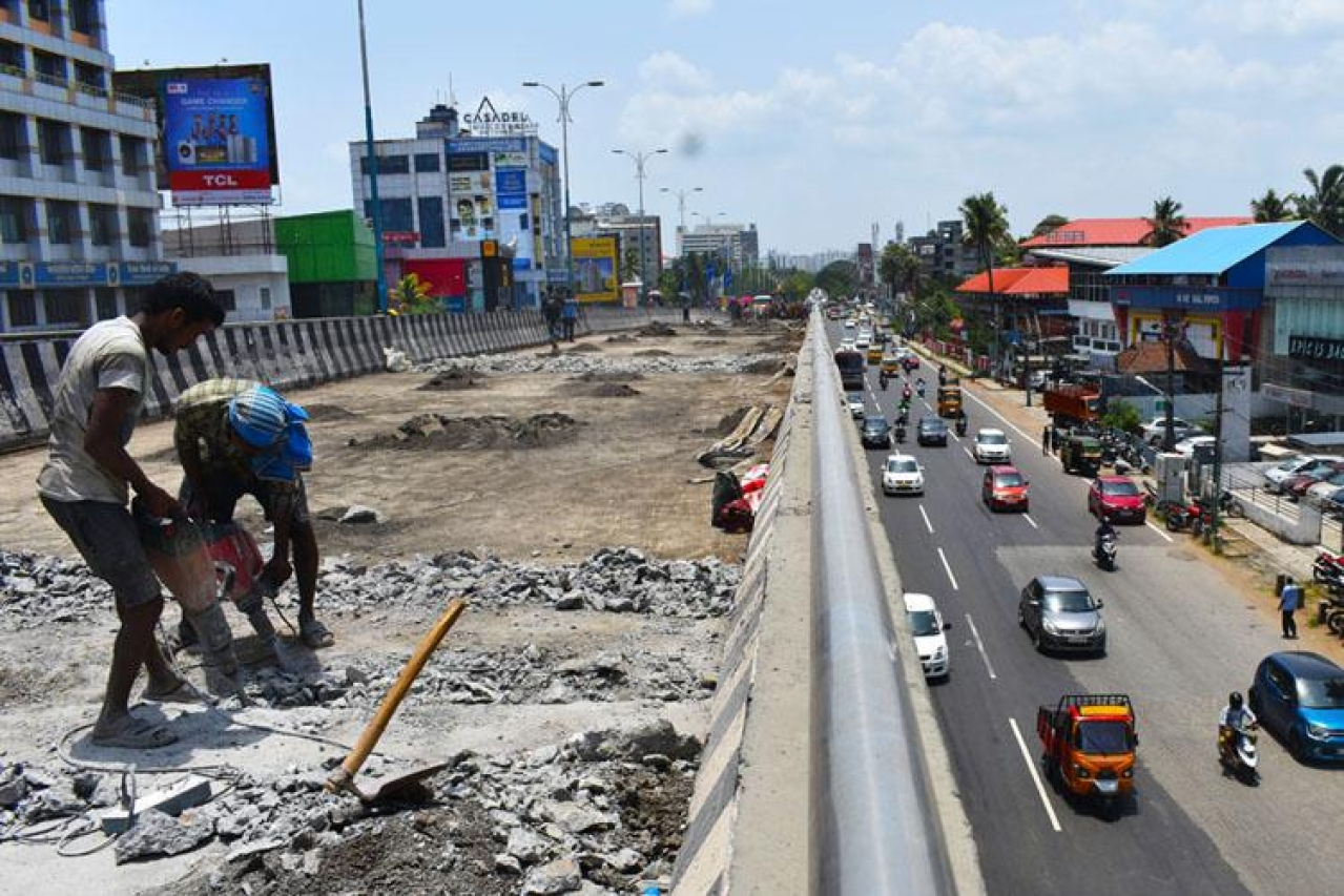 Kerala government to rebuild the Palarivattom flyover in Ernakulam.