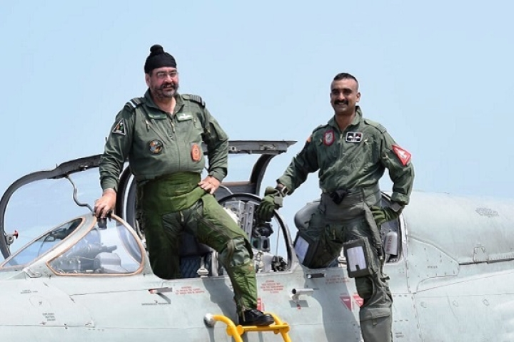 Watch: F-16 Slayer Wing Commander Abhinandan With IAF Chief BS Dhanoa As They Fly A MiG-21 Sortie