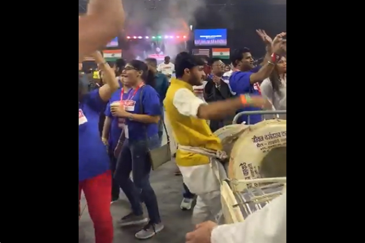 Watch: Atmosphere Builds Up For Howdy Modi Inside NRG Stadium As Crowd Enjoys Dhol Tasha Performance