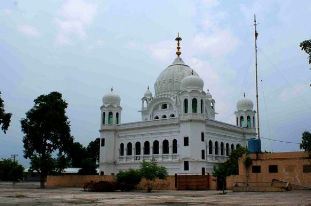 Punjab CM Amarinder Singh Criticises Pakistan For Official Kartarpur Corridor Video With Pictures Of  Khalistani Leaders