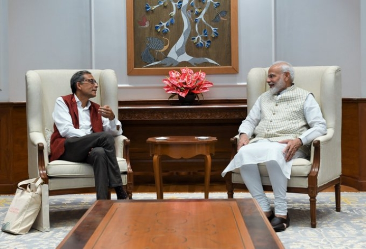 'India Proud Of His Accomplishments': PM Modi Meets Nobel Laureate Abhijit Banerjee, Wishes Him Best For Future Endeavours