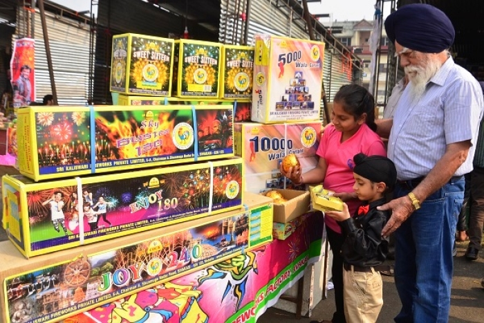 Explained: Here's What Green Crackers Are And How Indian Fireworks Industry Is Now Equipped Manufacture Them