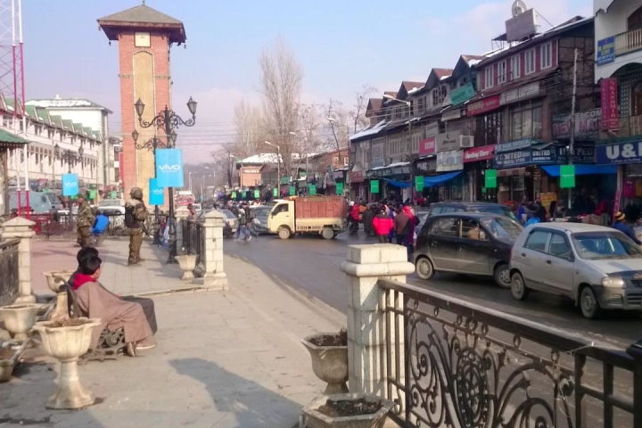 Delegation Of 17 Foreign Diplomats Reaches Srinagar To Take Stock Of Situation In Valley: Report