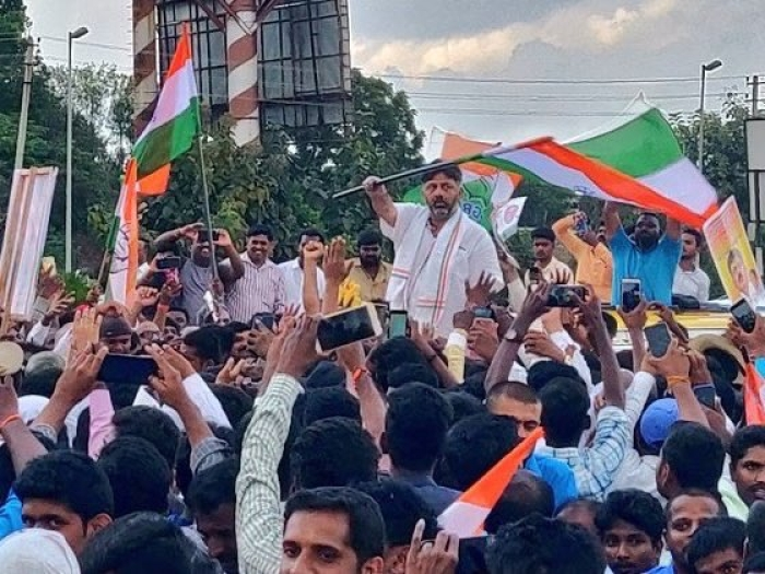 Return From Tihar: Shivakumar Lands In Bengaluru, Accorded Rousing Welcome By Congress Cadres