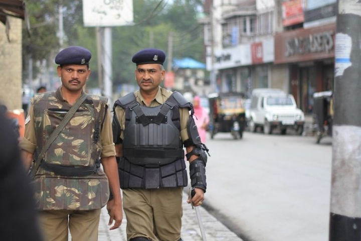 Killing Of Five Bengali Muslims Marks New, More Dangerous Phase In Post-Article 370 Violence In J&K