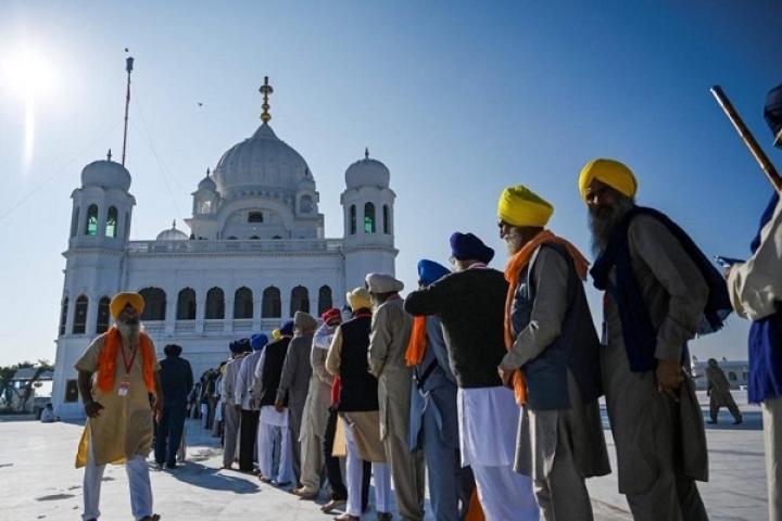 Indian Sikh Girl Visiting Gurudwara Kartarpur Sahib Goes Missing In Pakistan