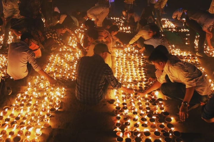 Six Lakh Diyas To Be Lit For Dev Deepawali Along Lucknow's Gomti Banks To Mark Lord Shiva's Victory Over Tripurasur