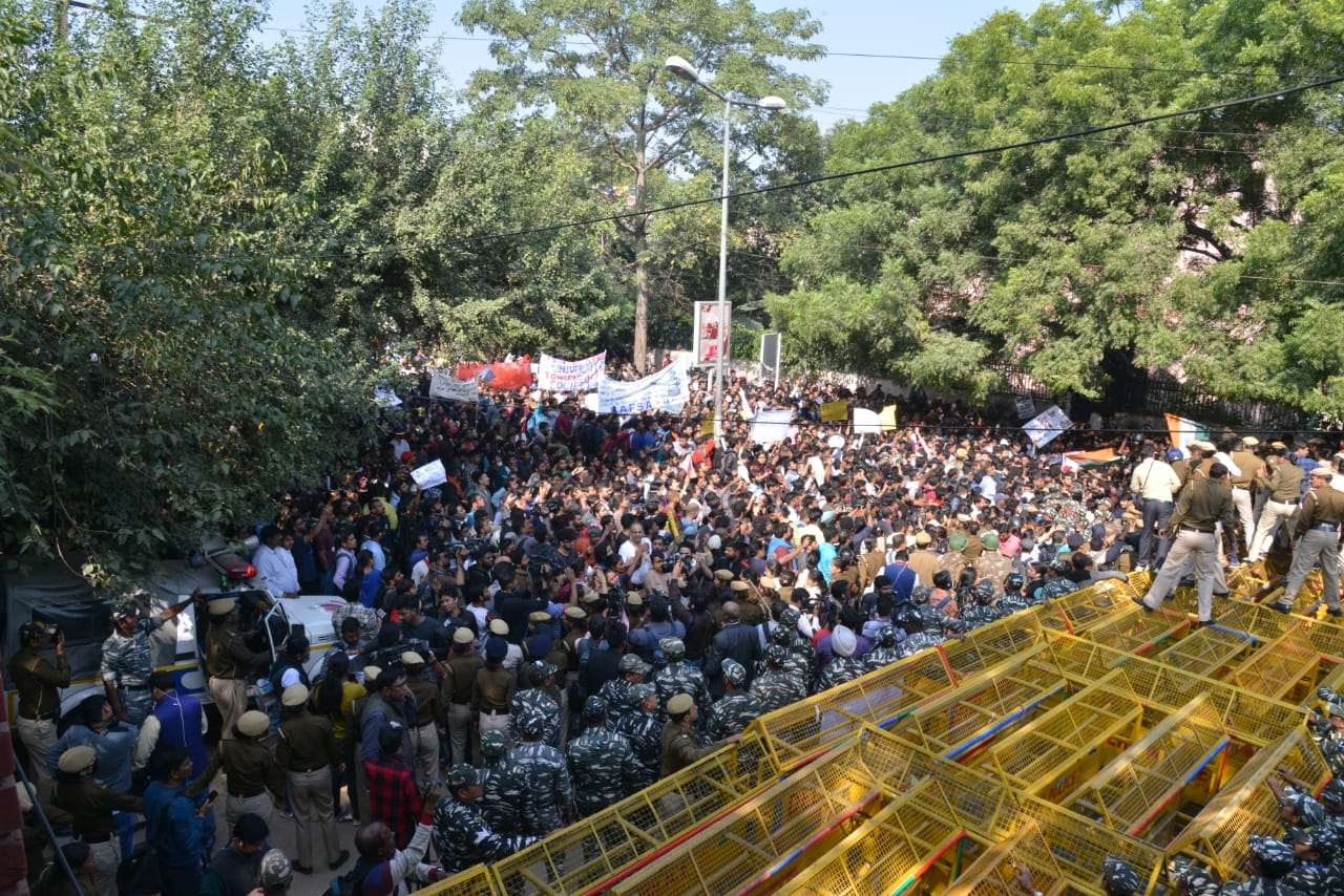 Will March To Parliament 10 Times If Demands Not Met: JNUSU Alleges Delhi Police Of Trying To Suppress Protest
