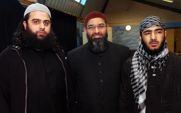 UK Hate Preacher Anjem Choudary's Release Under Urgent Review As His Picture With London Bridge Terrorist  Emerges