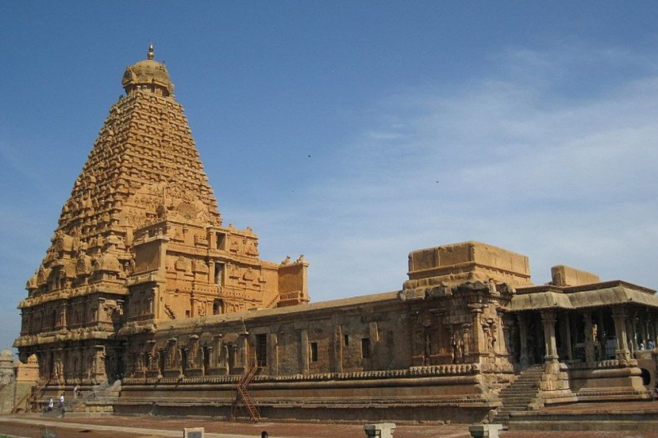Sri Brihadeeswara Temple in Thanjavur. (Nittavinoda/Wikipedia)