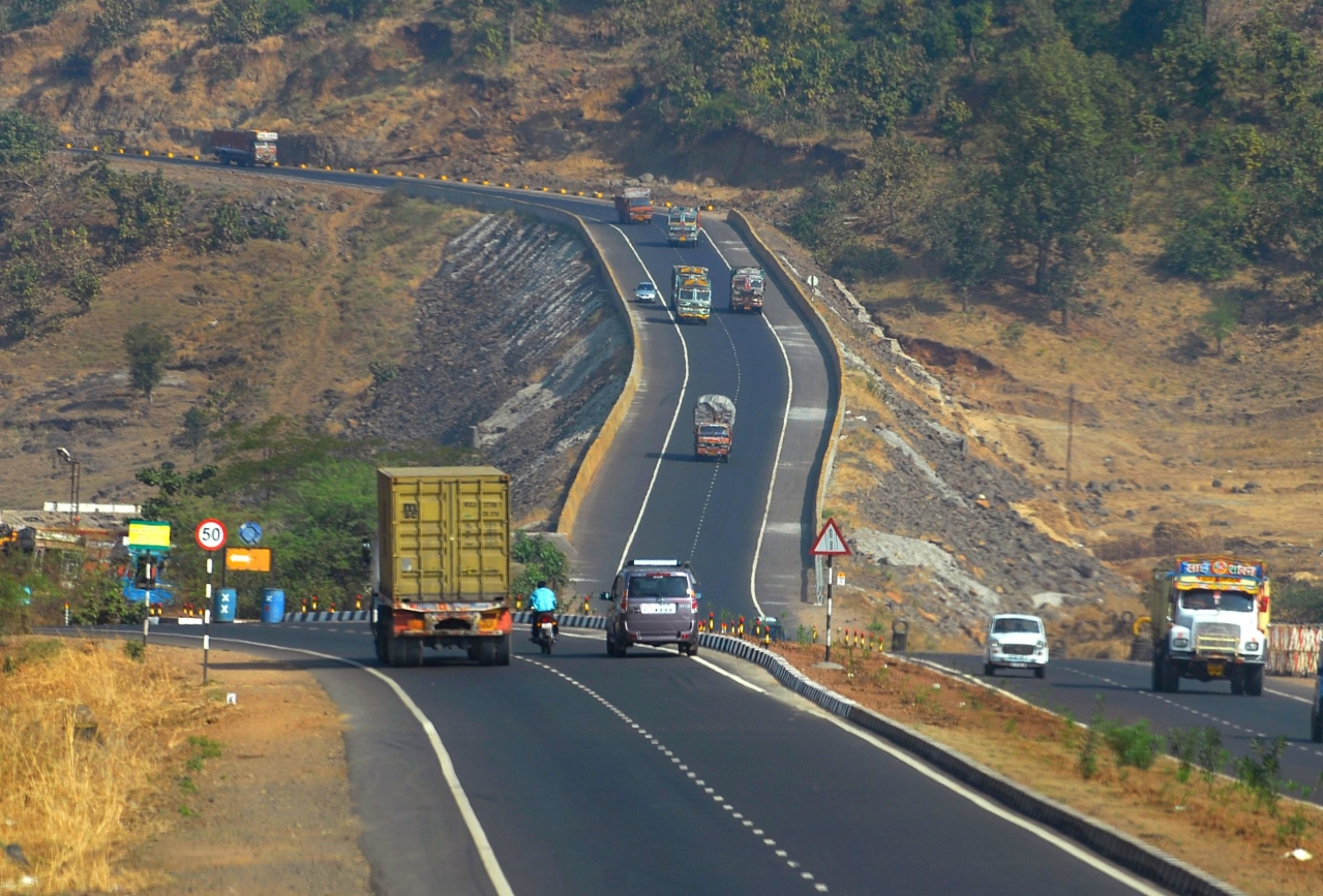 (Representative Image) Mumbai -Agra National Highway near Kasara Ghat in Maharashtra (Abhijit Bhatlekar/Mint via Getty Images)