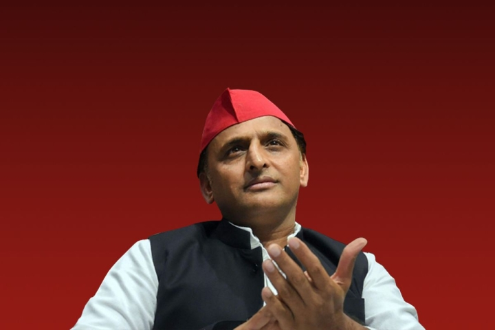 Dear Akhilesh Yadav, You Can Save A Man's Life By Publicly Clarifying That He Never Gave You A Death Threat