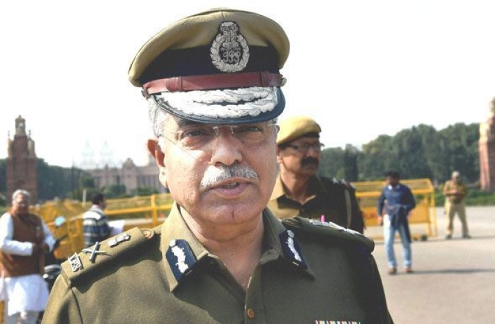 This Is What Former Delhi Police Chief B S Bassi Has Said About Riot-Hit Areas Of North East Delhi