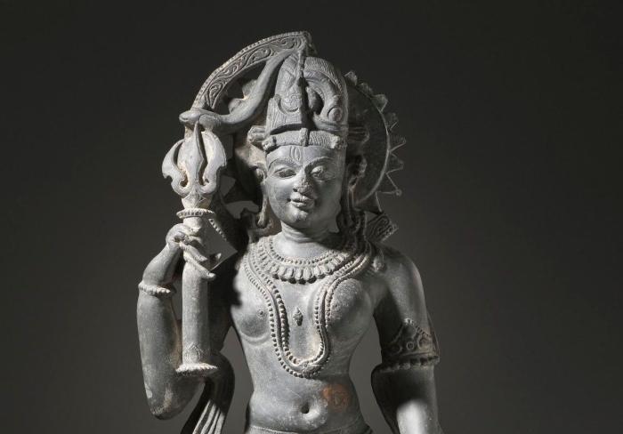 Akaramuthalvan In Ardhanarishvara: The Androgynous Link To Divinity And Language