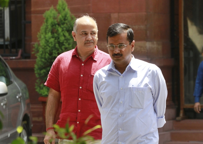 Kejriwal Faces Protest During Visit To Home Of Policeman Killed In Anti-CAA Riots; Family Demands Martyr Status