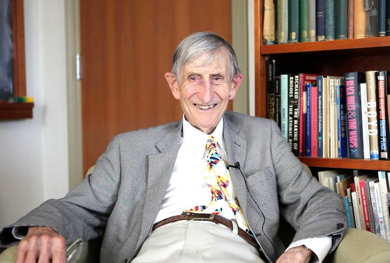 IMG FREEMAN DYSON, English-born American Theoretical Physicist and Mathematician