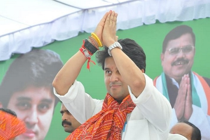 [Watch] 'Happy Holi': Jyotiraditya Scindia Breaks Silence After Resigning From Congress