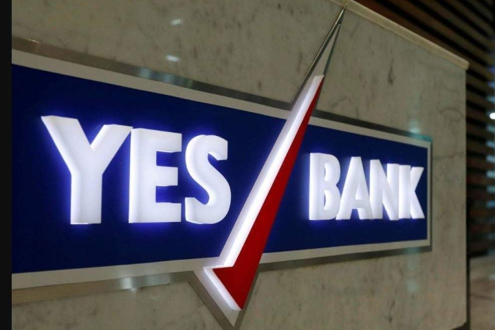 Yes Bank Crisis: LIC May Consider Joining RBI's Efforts To Rescue  Cash-Strapped Yes Bank