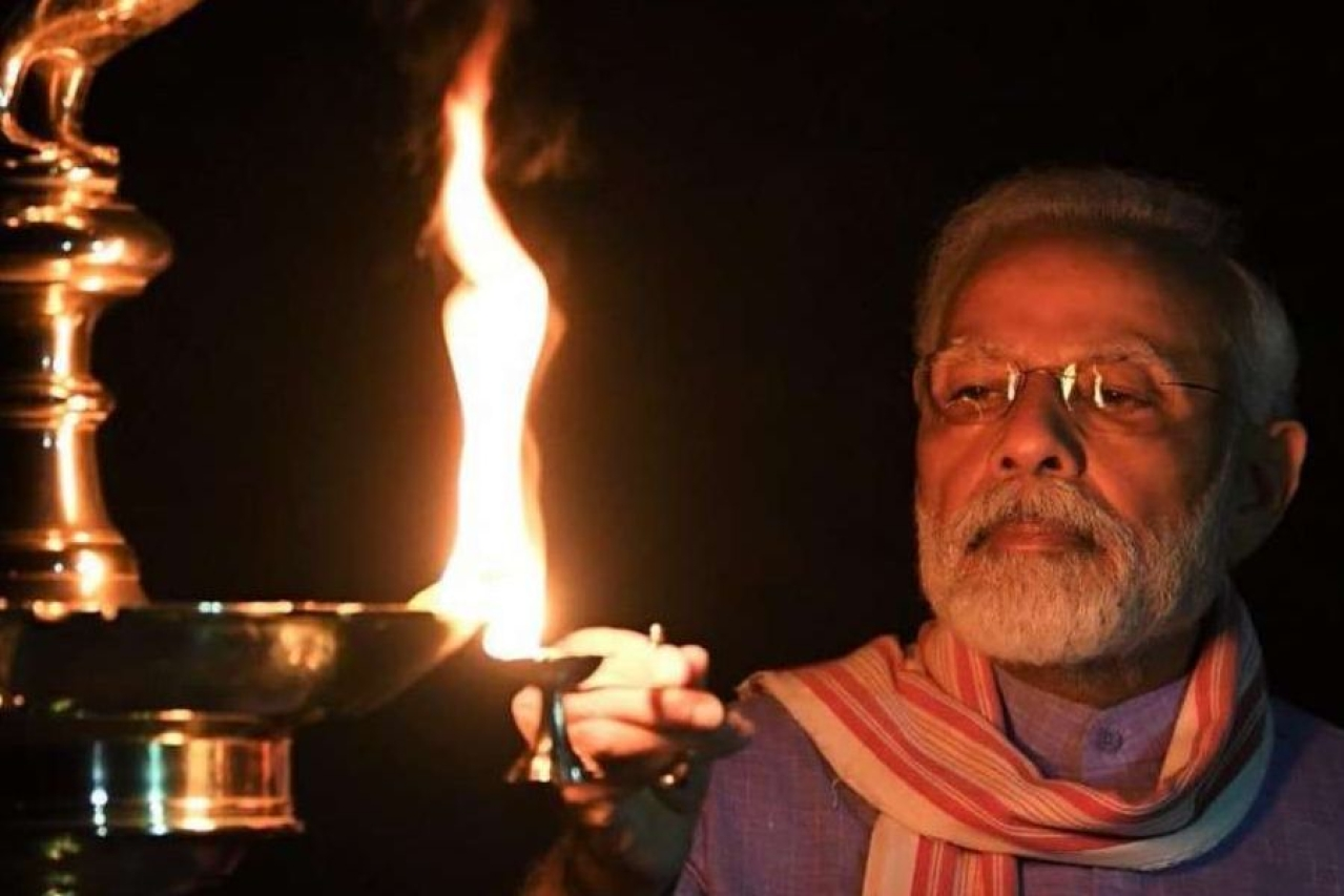 (PM Modi lighting a lamp on Sunday evening, 5 April)