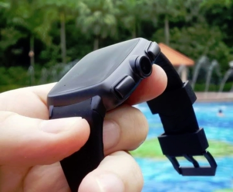 Omate Jelly Bean smartwatch powered by dual-core ARM SoC