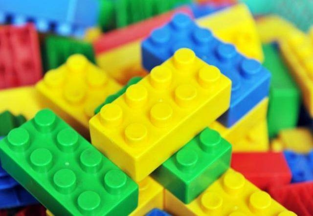 Tiny 'LEGO brick' -style studs make solar panels a quarter more efficient