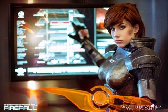 The Ultimate In Commander Shepard Cosplay