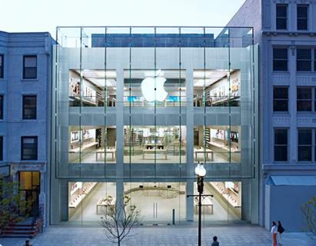 Apple Stores to hold Steve Jobs 'moment of silence'