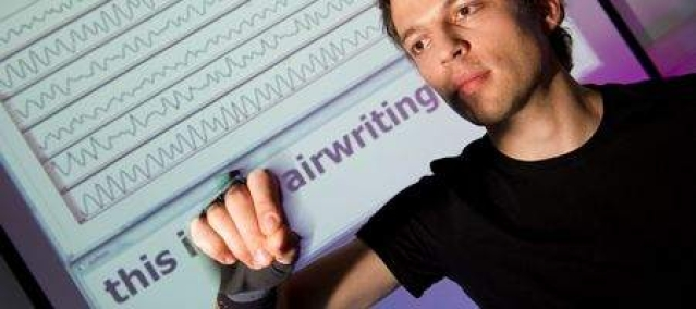 No touch screen, no keyboard: enter Airwriting
