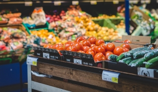 How to Shop for Groceries Faster: 6 Supermarket Efficiency Hacks