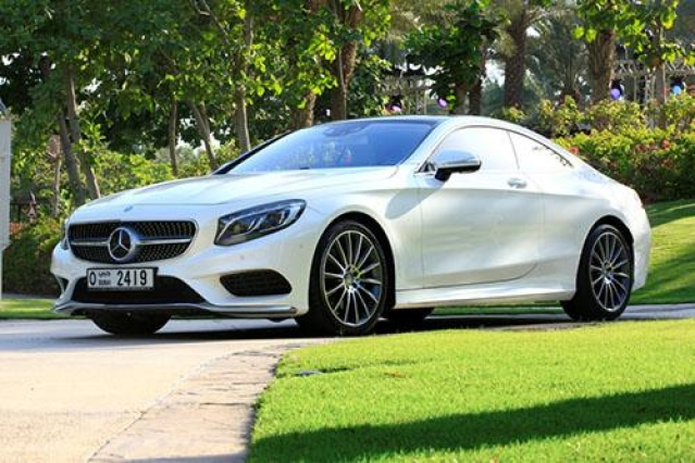 Best Reasons to opt for Luxury Car Hire Services