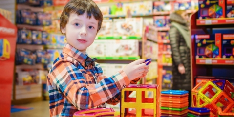 7 Ways to Make Shopping with Kids Easier