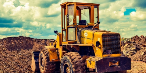 <b>7 Maintenance Tips for Heavy Construction Machinery</b>