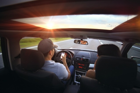 6 Safety Tips While Driving on The Highway