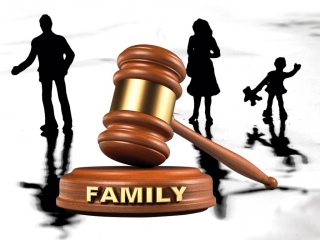 What are the benefits of hiring an experienced family lawyer?