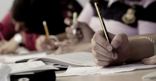 Top 11 Expert Tips to Write an Efficient College Essay