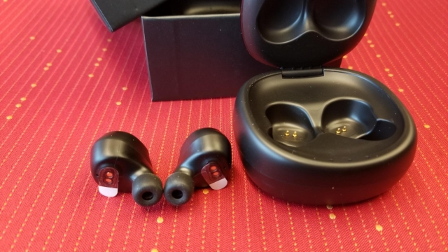 Anbes D42 Wireless Bluetooth Earbuds Review.