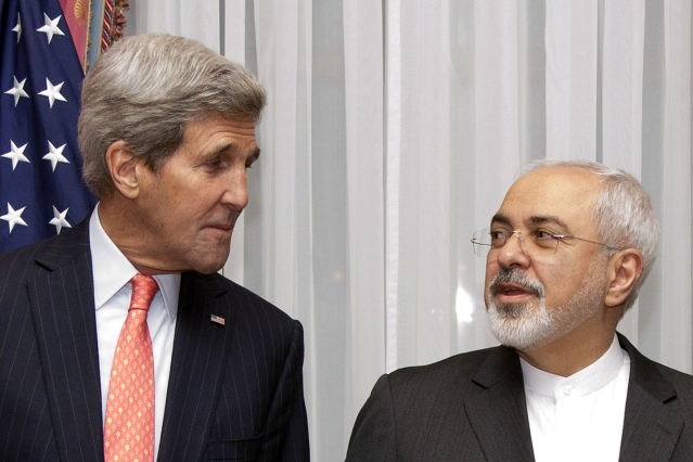 US Secretary of State John Kerry (L) and Iran's Foreign Minister Mohammad Javad Zarif. (Photo: Reuters)