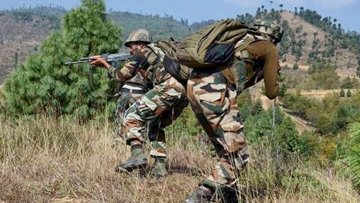 Indian Army personnel posted along the Line of Control in Jammu and Kashmir. Image used for representational purposes only.
