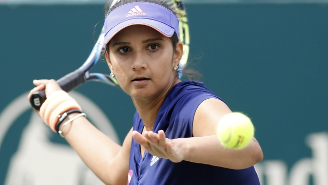 Sania Mirza, the new women's doubles number 1, during her Charleston WTA Final. (Photo: AP)