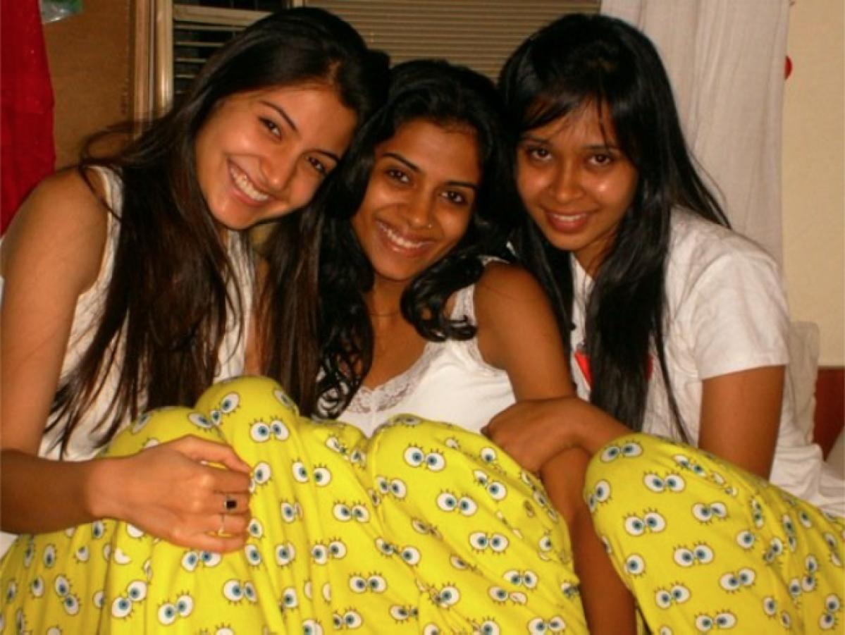 Anushka with friends