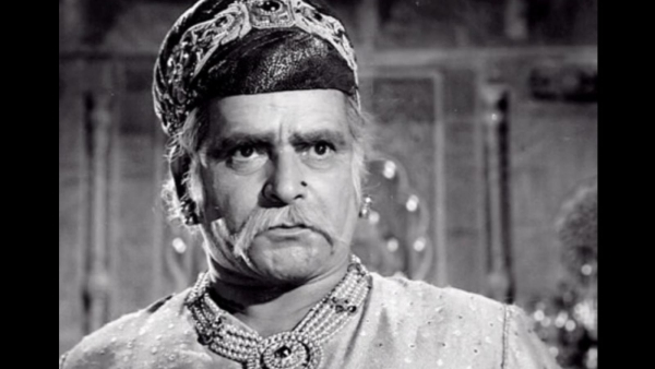 Prithviraj Kapoor in a still from <i>Mughal-e-Aazam. </i>(Photo Courtesy: Twitter)